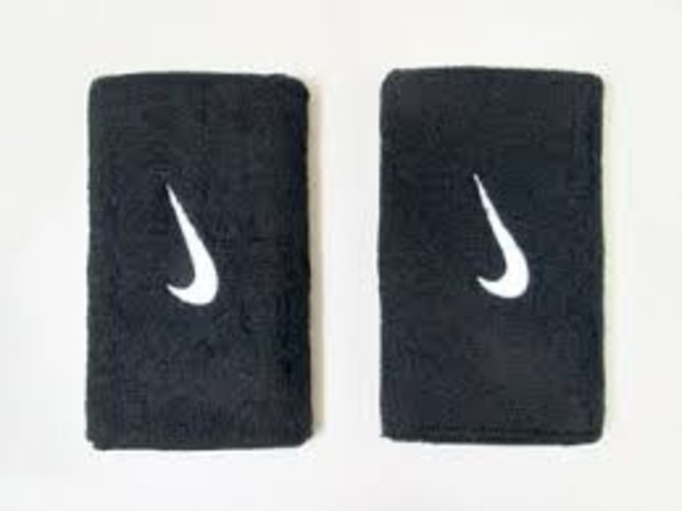 Široká černá potítka Nike SWOOSH DOUBLEWIDE WRISTBANDS  c2849708f8