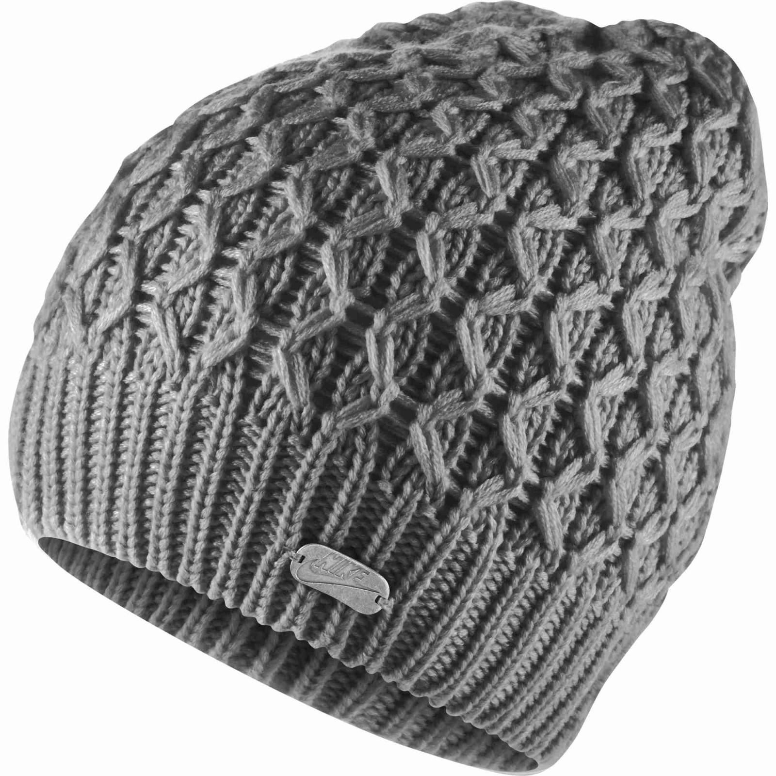 69e2468a0f6 Dámská zimní čepice Nike SLOUCHY BEANIE