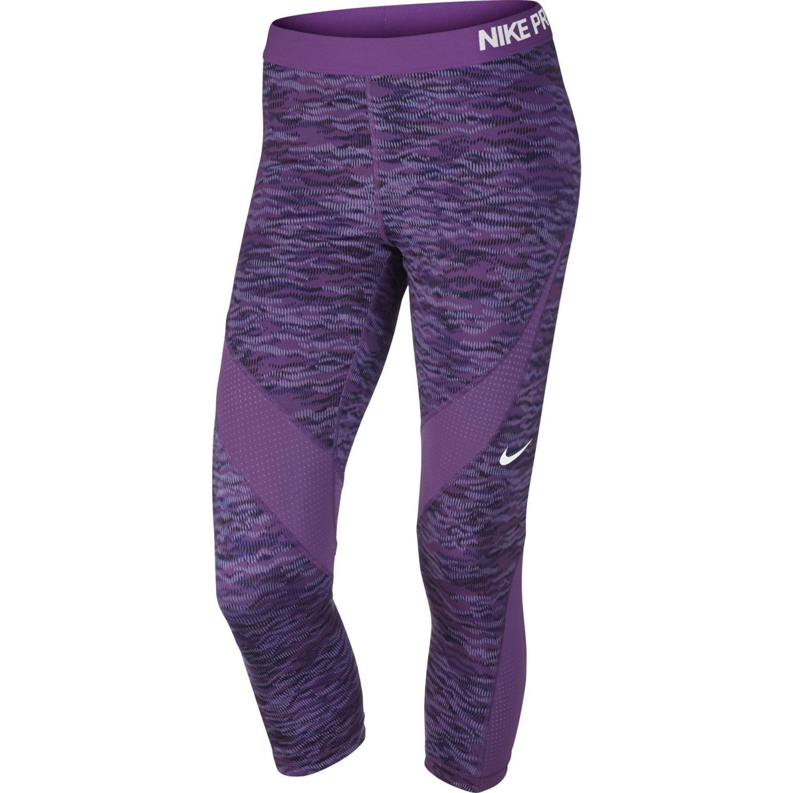 Dámské legíny Nike PRO HC CAPRI REFLECT  e2117c06911