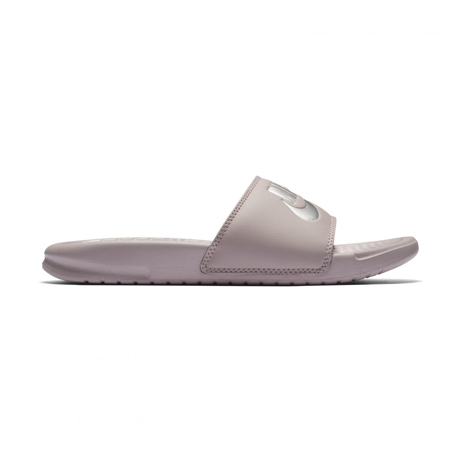 848d266f01e Dámské pantofle Nike WMNS BENASSI JDI