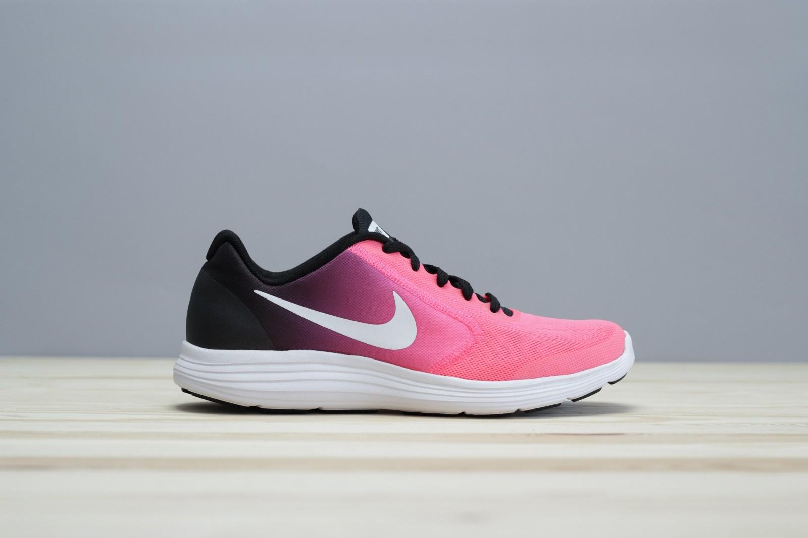 Dětské tenisky Nike REVOLUTION 3 (GS)  eddf06d648