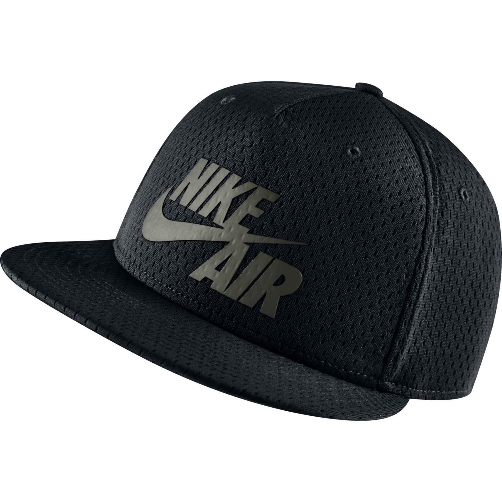Pánská čepice Nike AIR PIVOT TRUE  607c6a1e2e