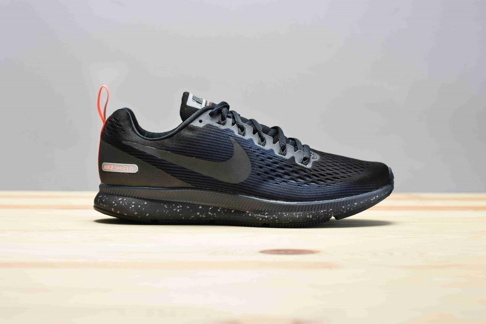 Pánské Běžecké boty Nike AIR ZOOM PEGASUS 34 SHIELD  f0bc9615235