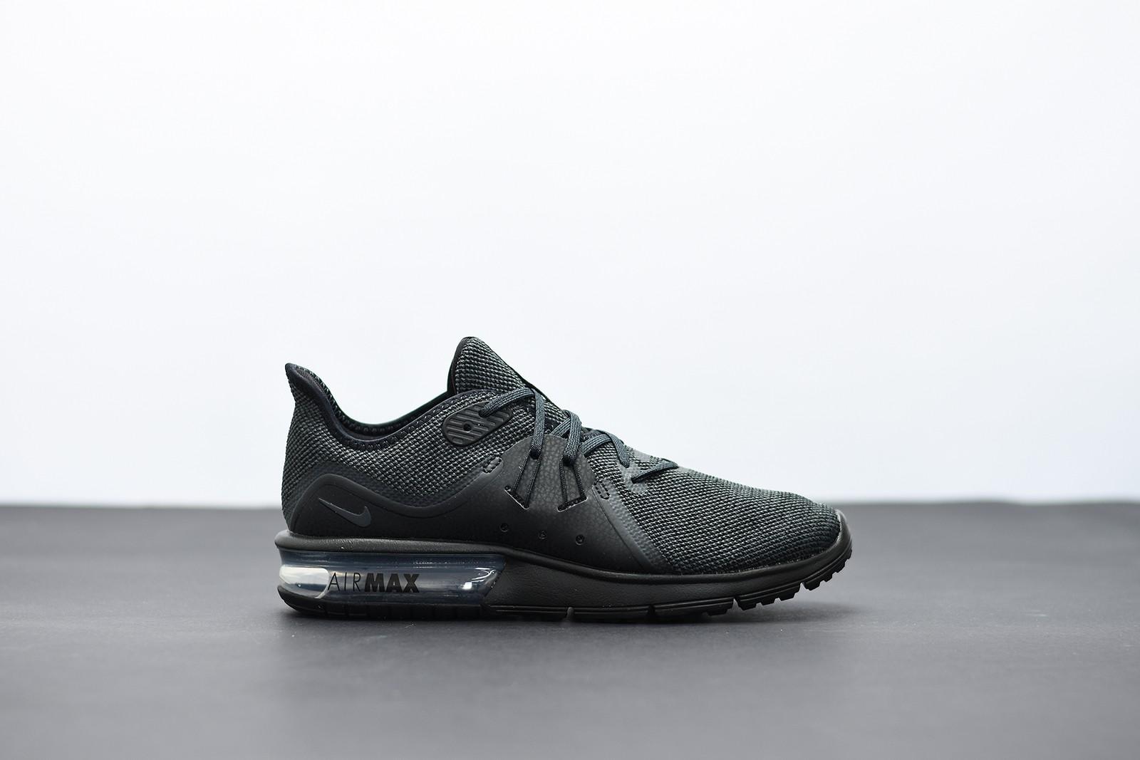 ad22dbc3a78 Pánské Tenisky Nike AIR MAX SEQUENT 3