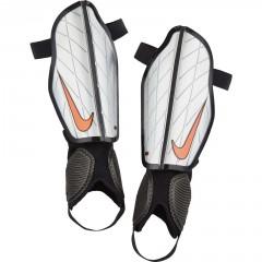 Chrániče Nike PROTEGGA FLEX M SILVER/BLACK/(HYPER ORANGE)