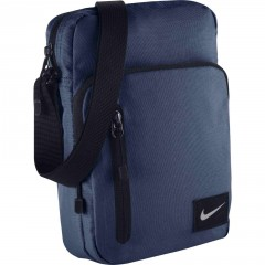 NIKE CORE SMALL ITEMS II