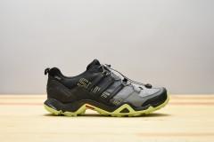 Pánská treková obuv adidas Performance TERREX SWIFT R GTX | BZ0605 | Černá | 41