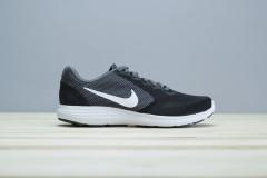 Pánské běžecké boty Nike REVOLUTION 3 | 819300-016 | Černá | 41