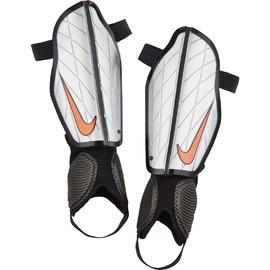 Chrániče Nike PROTEGGA FLEX | SP0313-080 | Bílá | M