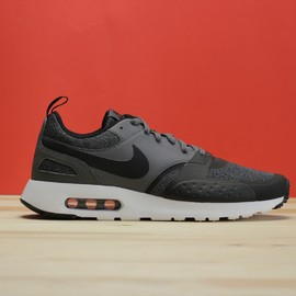 Pánské tenisky Nike AIR MAX VISION SE   918231-003   Černá   42