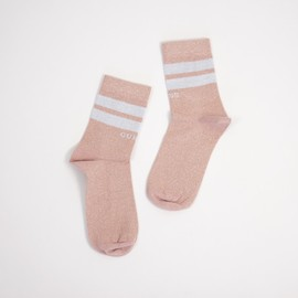Regular socks guess